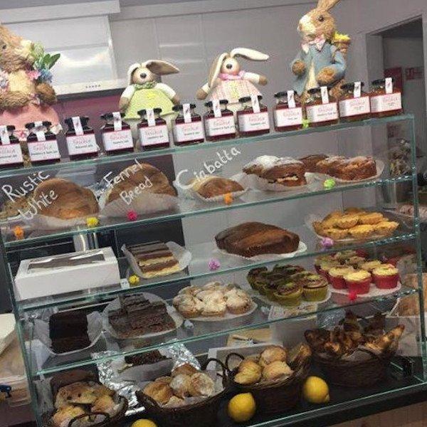 bakery-dunfanagh-donegal-ireland-traditional-irish-food-fresh-bread-wild-fuschia-bakehouse-baking